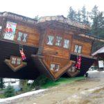 Szymbark – Dom do góry nogami